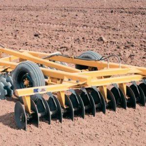 Rastra Niveladora Hidraulica marca Tatu modelo GNCR