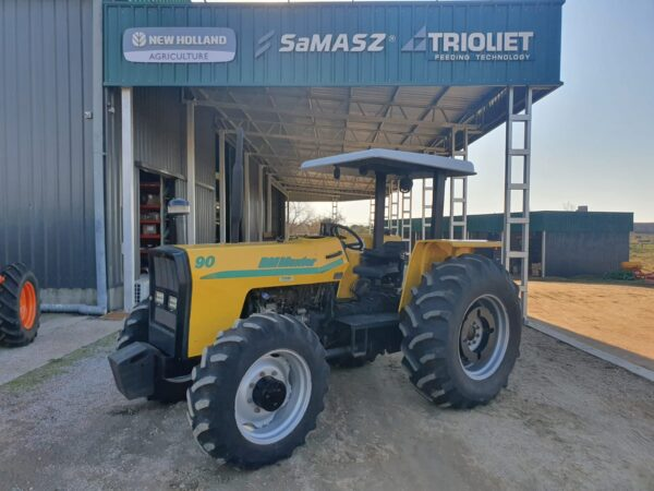 Tractor Usado Marca BM Modelo 90