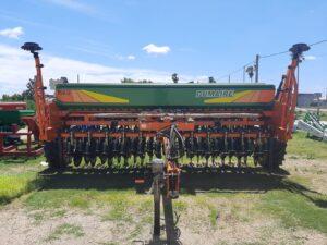 ¡LLEGARON LAS SEMBRADORAS DUMAIRE! NUEVAMENTE EN URUGUAY CON EL RESPALDO Y EL SERVICIO POSTVENTA DE AGROMAQ